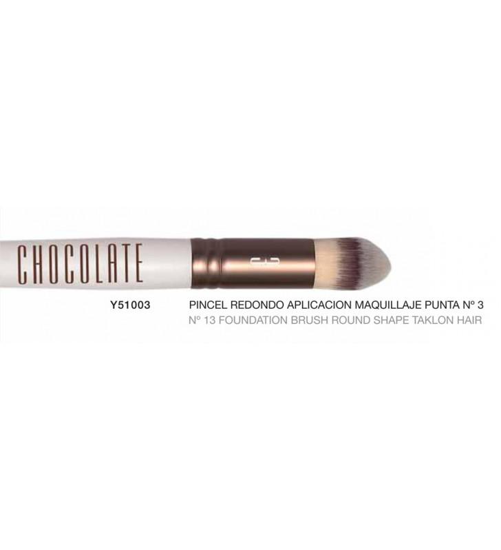 Chocolate. Pincel redondo para aplicación de maquillaje punta nº3 con pelo de Taklon